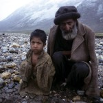 Haramoš, Dědeček z vnukem  |  Karakorum-Pakistan-Haramosh Grandfather and his grandson (1970)