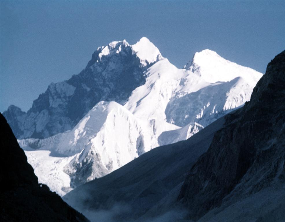 88 - Makalu, Pohled na Everest (35x45)
