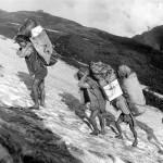 Himálaj-Nepál-Makalu Cesta nosičů po sněhu  |   Himalaya-Nepal-Makalu Carriers en route on snow (1973, 1976)