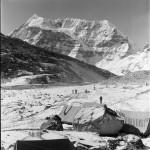 94 - Makalu, Zakladni tabor