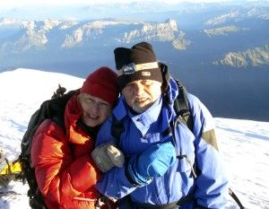 4 - Alpy, Mont Blanc po 51 letech s dcerou Ruth 4 807 m (2006) ()   Alps, Mont Blanc after 51 years, with daughter Ruth, 4 807 m (2006)